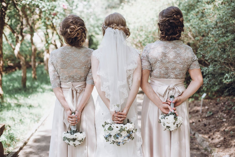 Tips for Choosing the Right Wedding Hairstyle for Your Personal Style